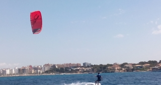 Kitesurf classes for adults
